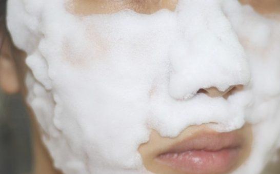 ヴァーナルの洗顔は本当に毛穴が消えるの?効果は嘘?クレームは?口コミをまとめてみた